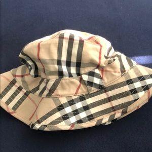 Burberry Hats for Kids  cdeb4b8a5b8